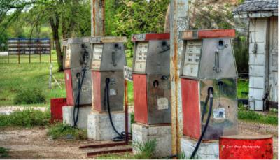industrie-petrole-en-difficulte-voiture-electrique-enr-active